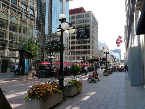 Улица Спаркс - Отава, Канада